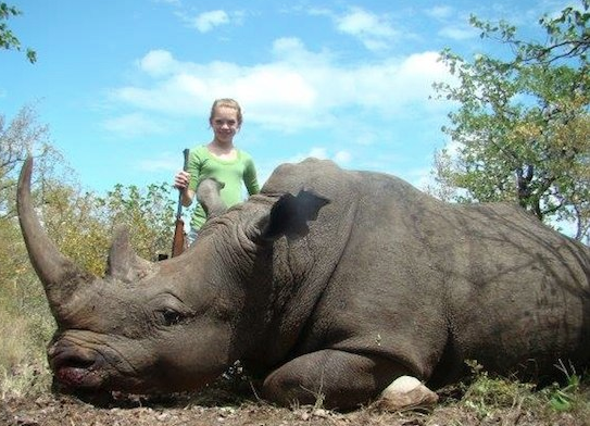 Texas Cheerleader Hunts Rare Animals On African Safaris