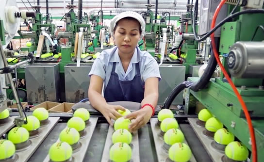 How tennis balls are made and manufactured